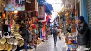 سوق شعبي في تونس