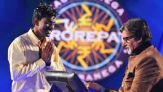 Sushil Kumar recebendo o prêmio de US$ 1 milhão