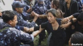 pengunjuk rasa tibet