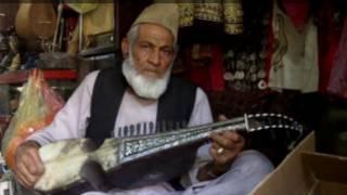 یک نوازنده رباب در هرات