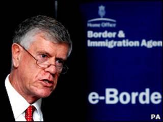英国边境检查署(UK Border force)署长布罗迪·克拉克(Brodie Clark)去职