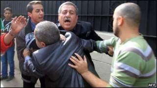 درگیری در قاهره میان مخالفان دولت سوریه