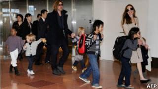 Gia đình Brad Pitt và Angelina Jolie