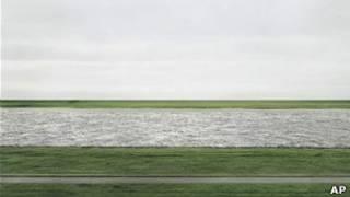 El Rhein II de Andreas Gursky.