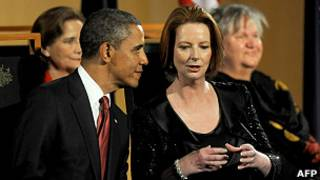 باراک اوباما و جولیا گیلارد