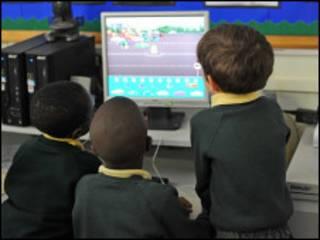 儿童使用电脑