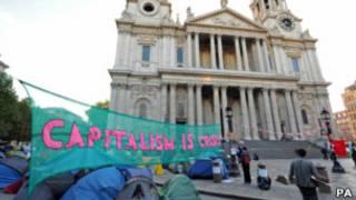 Phong trào Chiếm Thị trường chứng khoán London cắm trại bên ngoài Thánh đường St Paul