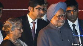 Thủ tướng Manmohan Singh tới Bali