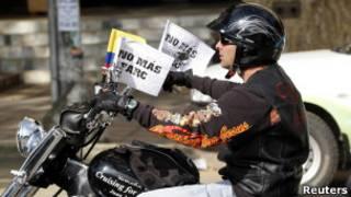 Ativista contra as Farc. Reuters