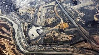 Extracción de petróleo de arenas bituminosas en Alberta Canadá