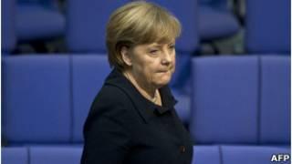 Angela Merkel no Parlamento alemão (AFP)