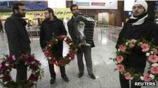 استقبال از بازگشت دیپلمات های ایرانی
