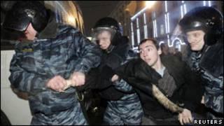 ماموران پلیس ضد شورش
