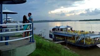 Orla de Marabá, às margens do rio Tocantins (Foto: João Fellet/BBC)