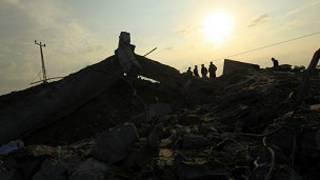 آثار الغارات الاسرائيلية على غزة