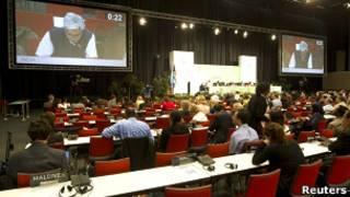 Delegados durante discussões da COP-17