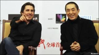 张艺谋和贝尔在北京全球首映式上答记者问