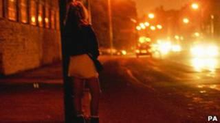 Jovem prostituta em cidade inglesa (PA)