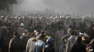 مصريون محتجون