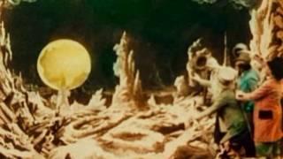 "Кадр з фільму ""Подорож на Місяць"""