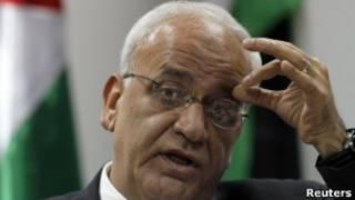 Саеб Эрекат на пресс-конференции в Рамалле