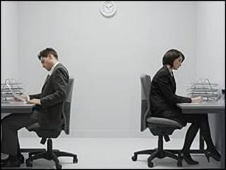办公室白领忘记站着