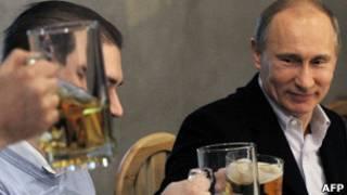 Владимир Путин на встрече с футбольными фанатами в Петербурге