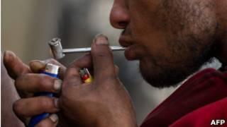 Usuário na Cracolândia /AFP