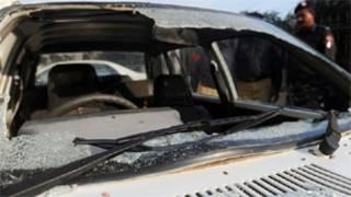 فائل فوٹو، ایک گاڑی پر فائرنگ
