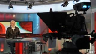 Джулиан Ассанж в студии Би-би-си