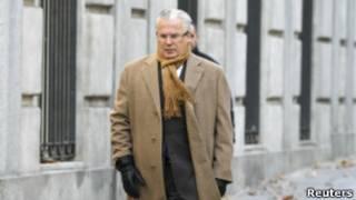 Бальтасар Гарсон по дороге в суд