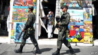 Exército nas ruas de Salvador. Foto AFP