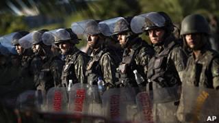 Exército nas ruas de Salvador. Foto AP