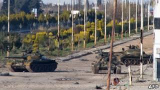 دبابات الجيش السوري