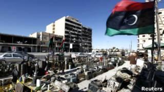 استعراض عسكري في مصراتة للقوات والآليات التي شاركت بالإطاحة بنظام القذافي