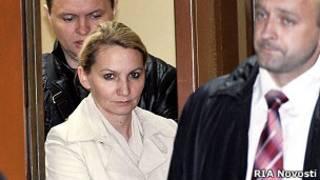 Старший следователь ГСУ столичного ГУМВД Нелли Дмитриева перед началом заседания в Пресненском суде Москвы