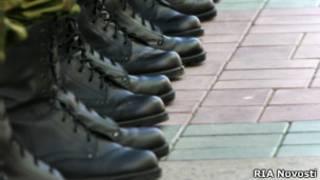 Cтрой в армейских ботинках