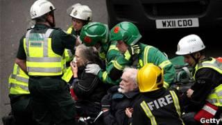 伦敦地铁营救人员