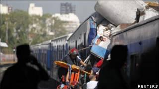 حادث القطار في الأرجنتين