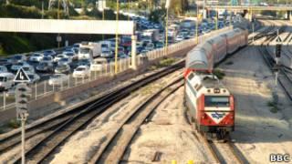 Поезд в Тель-Авиве. Фото Евгения Совы