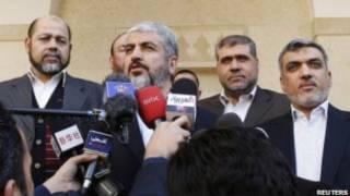 خالد مشعل وعدد من قادة حماس