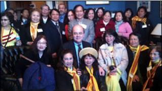 Dân biểu Mc Govern tiếp phái đoàn của người Mỹ gốc Việt vận động cho nhân quyền