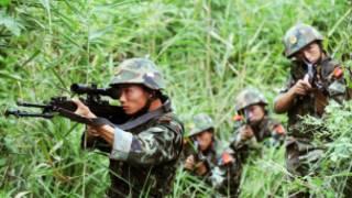 Quân đội Trung Quốc tập luyện