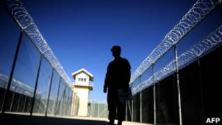 زندانی افغان در پایگاه نظامی آمریکایی ها در کابل