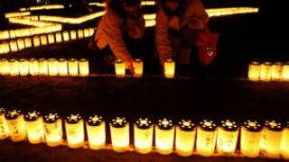 Thắp nến tưởng niệm các nạn nhân thảm họa