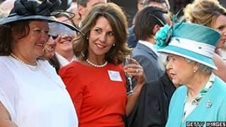 Gina Rinehart em recepção para a rainha da Inglaterra