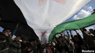أطفال سوريون يتظاهرون في أدلب