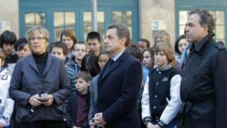 Perezida Sarkozy yifatanije n'abandi mu kwibuka abishwe