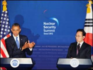 သမ္မတအိုဘားမားနဲ့ မြောက်ကိုရီးယား သမ္မတသတင်းစာရှင်း
