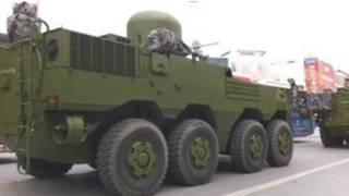 صورة قال مدونون إنها لآليات عسكرية في بكين
